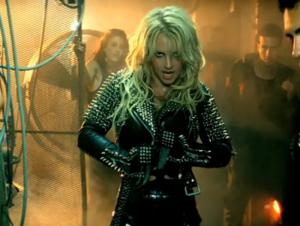 Britney dancing in poo